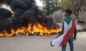 السودان.. مظاهرات غاضبة تطالب بتصحيح مسار الثورة