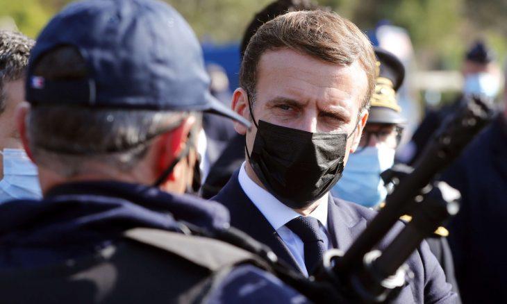 """نيويورك تايمز: حملة مكافحة التطرف الفرنسية وصلت لمدارس الأطفال والتهمة """"الدفاع عن الإرهاب"""""""