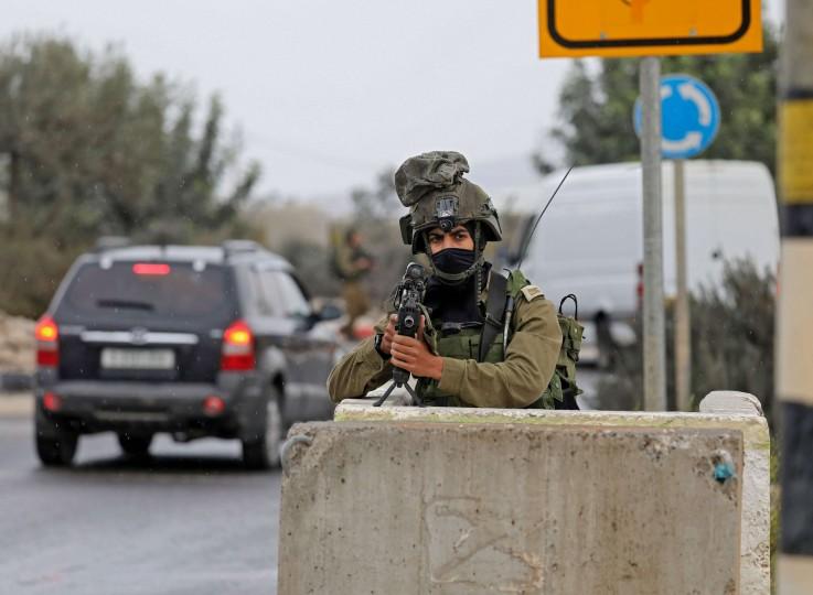 """إسرائيل تذكر العرب بـ""""إنجازاتها"""" خلال 7 عقود.. ونشطاء: الحقيقة الوحيدة أنكم تغتصبون أراضي الغير – (تغريدات)"""