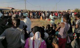 آلاف اللاجئين يفرون من الحرب في إثيوبيا إلى السودان