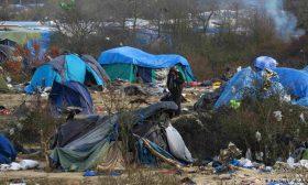 الشرطة الفرنسية تُخلي مخيماً جديدا للمهاجرين في باريس