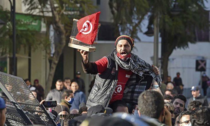 تونس ، الثورة التونسية ، نظام بن علي،  احتجاجات تونس،  أعمال شغب، حربوشة نيوز