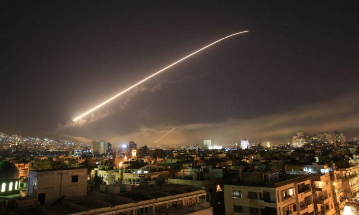 سوريا.. مقتل 4 مدنيين جراء قصف إسرائيلي على محافظة حماة