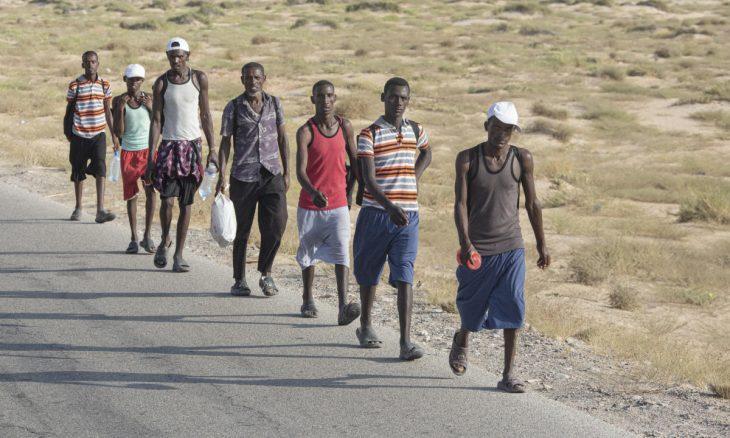 """""""لوموند""""تروي جحيم المهاجرين الإثيوبيين في اليمن- (صور)"""