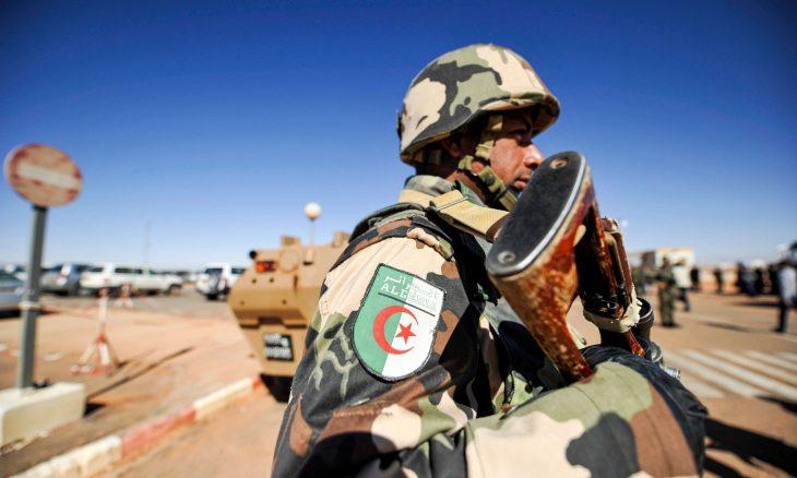 مناورات عسكرية للجيش الجزائري عند الحدود مع المغرب،الجزائرالجيش الجزائري ، الصحراء الغربية،  المغرب حربوشة نيوز