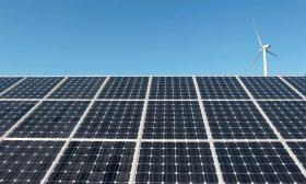 إسرائيل والإمارات توقّعان اتفاقا في مجال الطاقة الشمسية