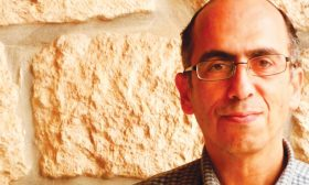 البروفيسور مازن قمصية: متحف فلسطين للتاريخ الطبيعي يخدم بيئتها واستدامة شعبها على أرضه  مشاريع تقاوم الاستعمار الإسرائيلي وتهويد الطبيعة والصهاينة سيهزمون كما الصليبيين