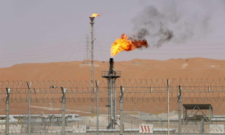 هبوط قيمة صادرات النفط السعودية نحو 30% في ديسمبر