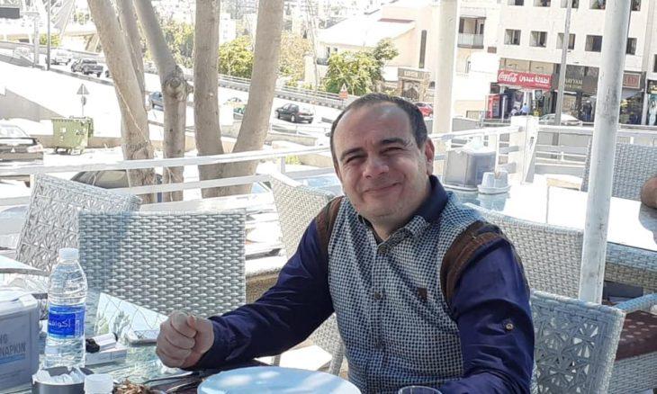 """""""مات في الوثبة.. دفن في الأردن"""".. رحيل تيسير النجار واستذكار """"ثقافي"""" لسجون الإمارات"""