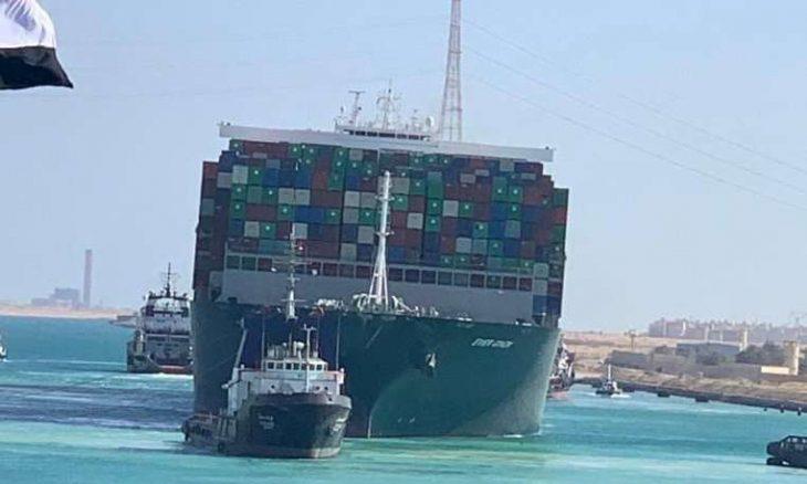 هيئة قناة السويس، سفينة إيفر غيفن، أسامة ربيع رئيس هيئة قناة السويس، البحر الأبيض المتوسط ، البحر الأحمر، حربوشة نيوز