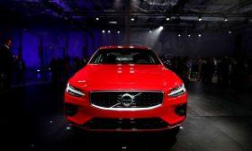 فولفو تعتزم وقف بيع سيارات الوقود التقليدي بحلول 2030 والاكتفاء بالكهربائية