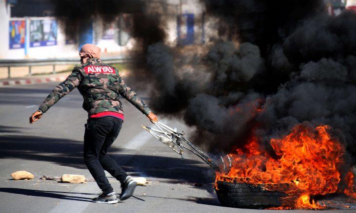 الشرطة التونسية تطلق الغاز لتفريق محتجين في تطاوين بجنوب البلاد،حربوشة نيوز