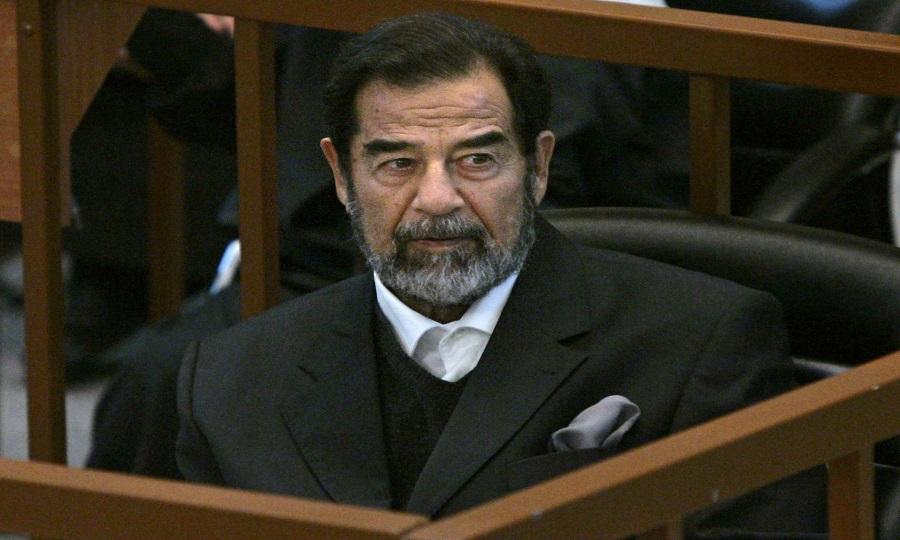 العراق.. وفاة قاضي محاكمة صدام حسين متأثراً بكورونا