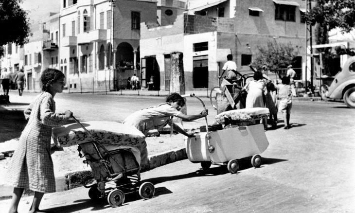 صحيفة عبرية: لماذا تتهرب إسرائيل من الحديث عن نكبة الفلسطينيين واللاجئين؟
