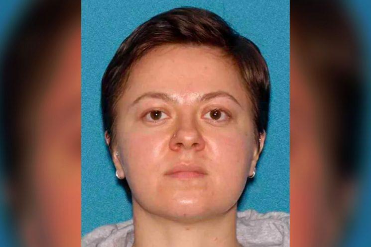 أمريكية تتصل بالطوارئ لهذا السبب الغريب بعد أن قتلت ابنها بطريقة بشعة