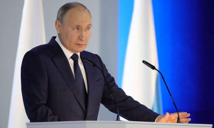 بوتين «عديم وقع في سلة تين»