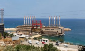 شركة تركية توقف إمدادات الكهرباء للبنان