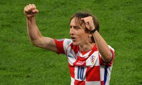 سحر مودريتش يمنح كرواتيا الأمل في الأدوار الإقصائية لـ(يورو 2020)