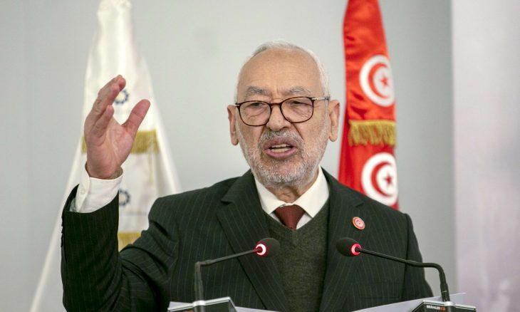 """تونس.. """"النهضة"""" تدعو إلى """"الترفق"""" بالتجربة الديمقراطية الوليدة"""