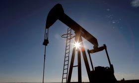 ارتفاع أسعار النفط بدعم انخفاض المخزونات الأمريكية