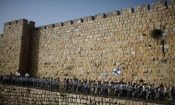 تحذيرات واستعدادات.. القدس تحبس الأنفاس قبيل مسيرة الأعلام