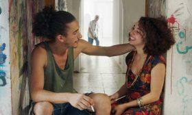 الفيلم التونسي «بالكاد أفتح العينين»: الغناء كثورة على رموز القمع ومدبريه