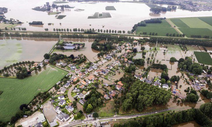 ألمانيا..ارتفاع حصيلة ضحايا الفيضانات لـ106 قتلى  منذ 4 ساعات ألمانيا..ارتفاع حصيلة ضحايا الفيضانات لـ106 قتلى 0 حجم الخط  برلين: ارتفعت حصيلة ضحايا الفيضانات التي تشهدها منذ عدة ايام ولايتا راينلاند- بالاتينات وشمال الراين- 2021-07-16_23-16-24_642513-730x438