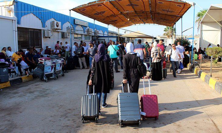 معاناة الليبيات المتزوجات من أجانب تقابلها مطالبات بإيجاد الحلول