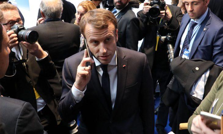 """ماكرون يطلب توضيحات من رئيس وزراء إسرائيل حول برنامج التجسس """"بيغاسوس"""""""