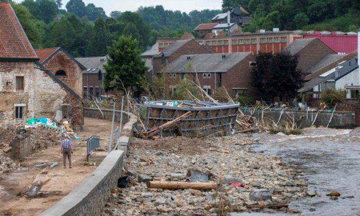 عواصف رعدية شديدة تضرب بلجيكا بعد أيام على فيضانات أودت بـ36 شخصا