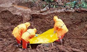 127 قتيلا وعشرات المفقودين حصيلة الأمطار الموسمية الغزيرة في الهند- (صور)