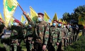 """كيف تنظر إسرائيل إلى مكانة """"حزب الله"""" في ظل تفكك لبنان؟"""