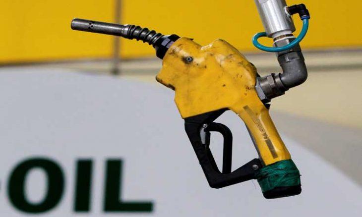 أسعار النفط تواصل الارتفاع بعد تراجع حاد في المخزونات الأمريكية