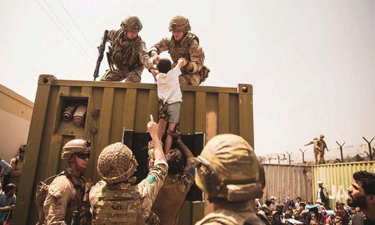 «طالبان» تتعهد بحكومة للنساء دور فيها… وبايدن سيفرض شروطا للاعتراف بالحركة  منذ 7 ساعات «طالبان» تتعهد بحكومة للنساء دور فيه طالبان-9-730x438