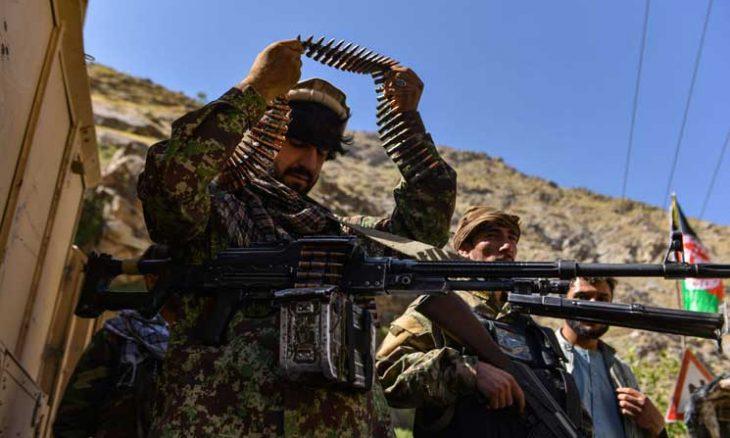 """بايدن متوعّداً منفّذي هجوم كابول: """"سنطاردكم ونجعلكم تدفعون الثمن""""- (فيديو) بايدن متوعّداً منفّذي هجوم كابول: """"سنطاردكم ونجعلكم تدفعون الثمن""""- (فيديو)  واشنطن- """"القدس العربي"""": أكد الرئيس الأمريكي جو بايدن أن الولايات المتحدة  Afghanistan2.20210826.ipj_-730x438"""