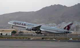 مسؤولة قطرية: رحلة تقل أفغانا وأمريكيين وأوروبيين تغادر كابول إلى الدوحة- (فيديو)