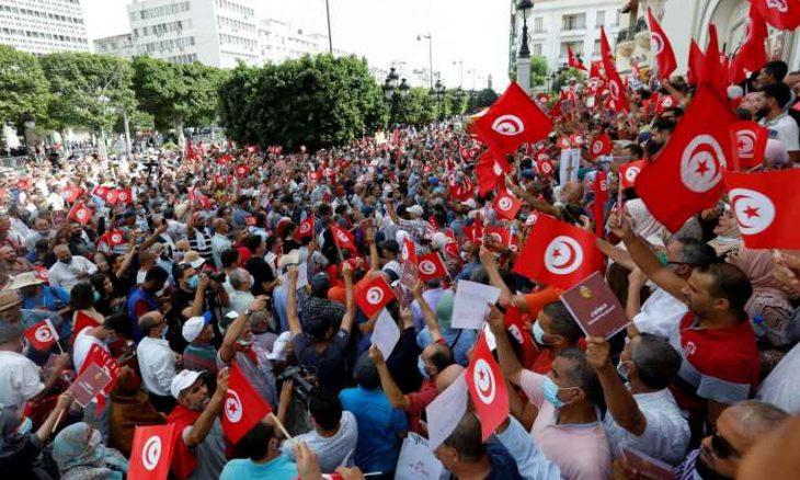 مظاهرات ضد قرارات الرئيس سعيّد في تونس- (فيديوهات وصور)