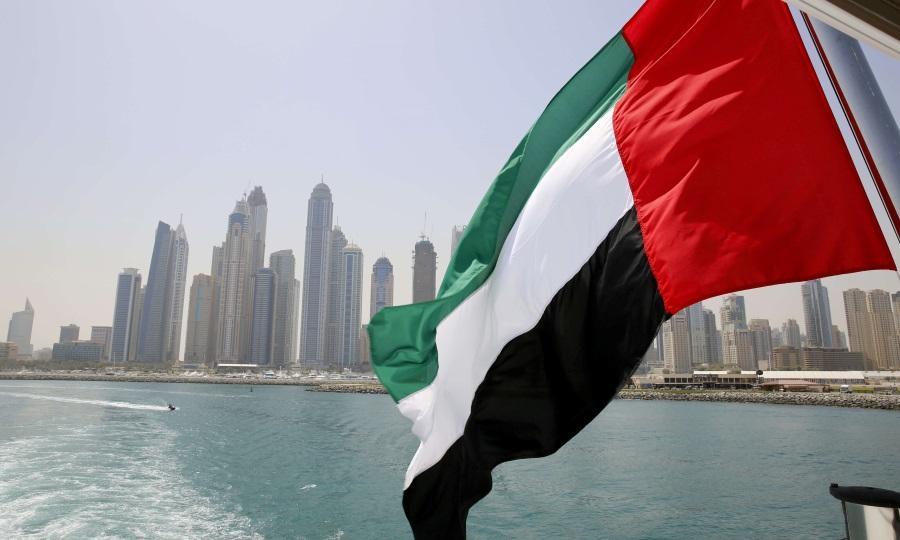 التايمز: الإمارات تفكر بتغيير العطلة الأسبوعية من الجمعة إلى السبت والأحد