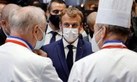 فرنسا.. القبض على محتج رشق ماكرون ببيضة في معرض للأغذية- (فيديو)