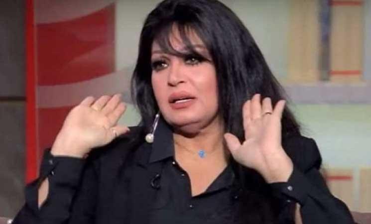 فيفي عبده إلى المحاكم بعد رقصها مرتدية المنشفة- (صور وفيديو)