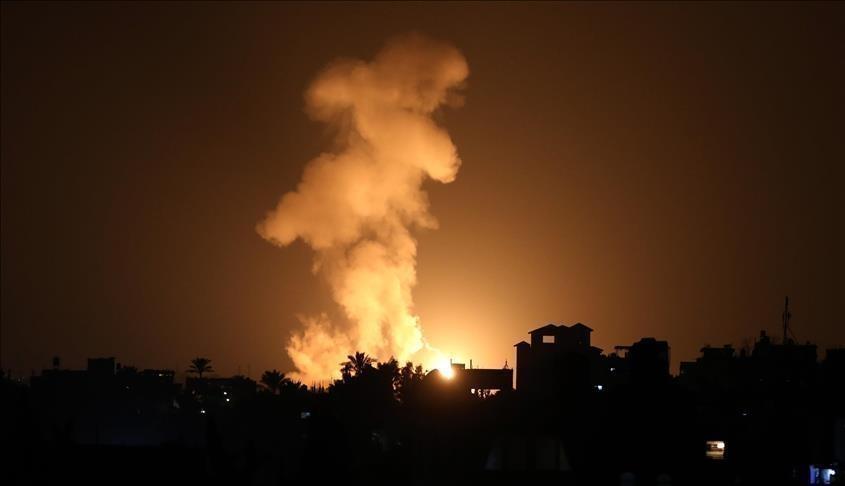 طائرات الاحتلال الإسرائيلي تشن غارات على مواقع في غزة