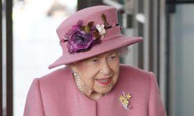 انتخابات محلية تعزل الملكة إليزابيث الثانية عن رأس هذه الدولة