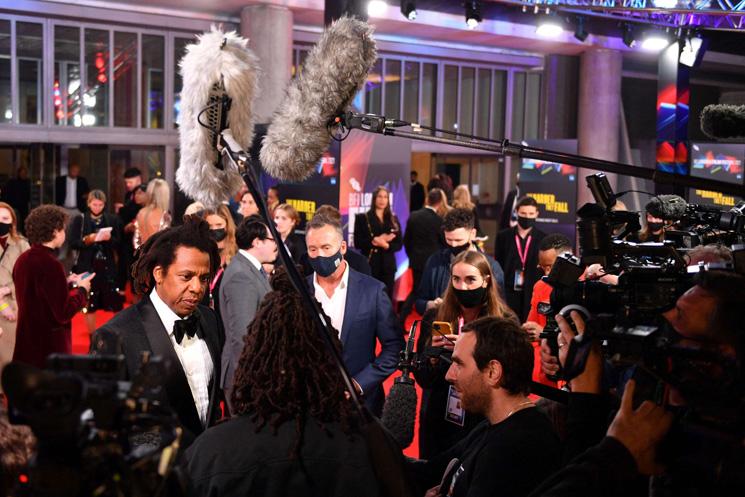 افتتاح مهرجان لندن السينمائي بفيلم (ذا هاردر زي فول)
