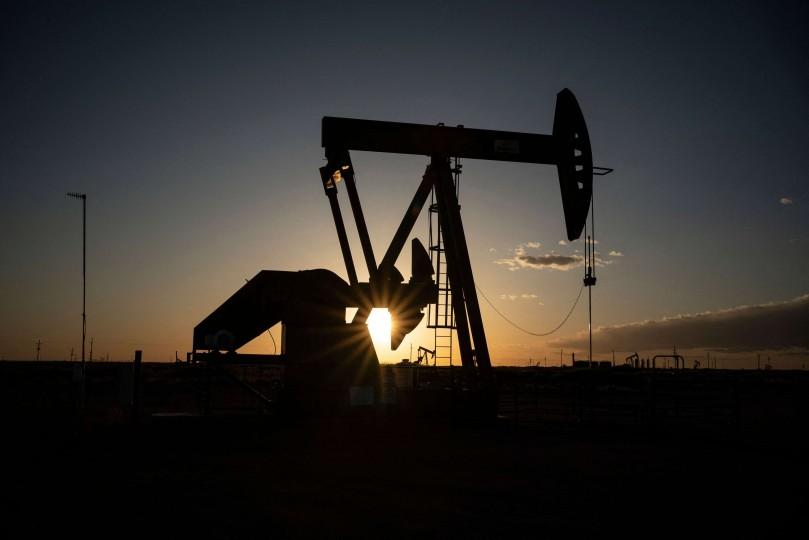 وزير النفط العراقي يعتبر سعر النفط بين 75 و80 دولارا عادلا للمنتجين والمستهلكين