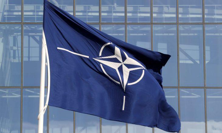 """""""الناتو"""" يتفق على أول استراتيجية للذكاء الصناعي"""