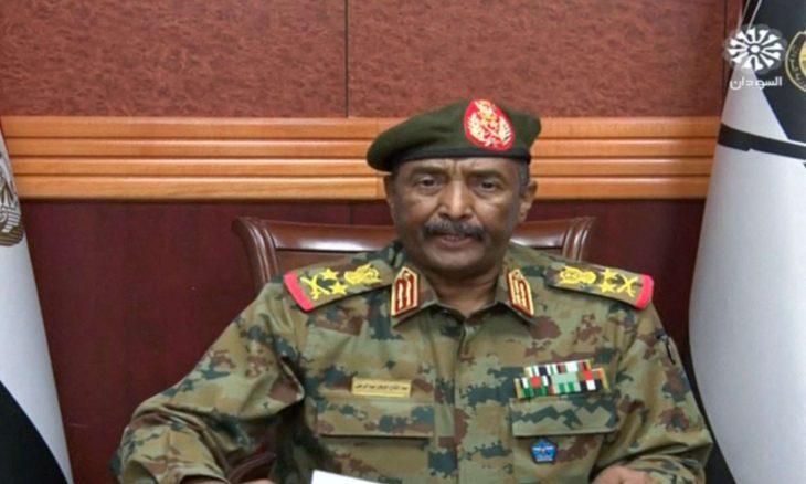 قائد الجيش السوداني البرهان: لم نقم بانقلاب وحمدوك ليس معتقلا بل في منزلي- (فيديو)