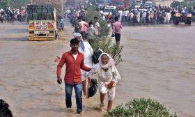 فيضانات الهند ونيبال تودي بحياة 150 شخصا على الأقل