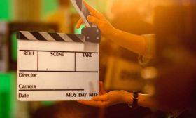 نجم هوليوودي يقتل مديرة التصوير ويجرح المخرج أثناء إنتاج فيلم- (فيديوهات)