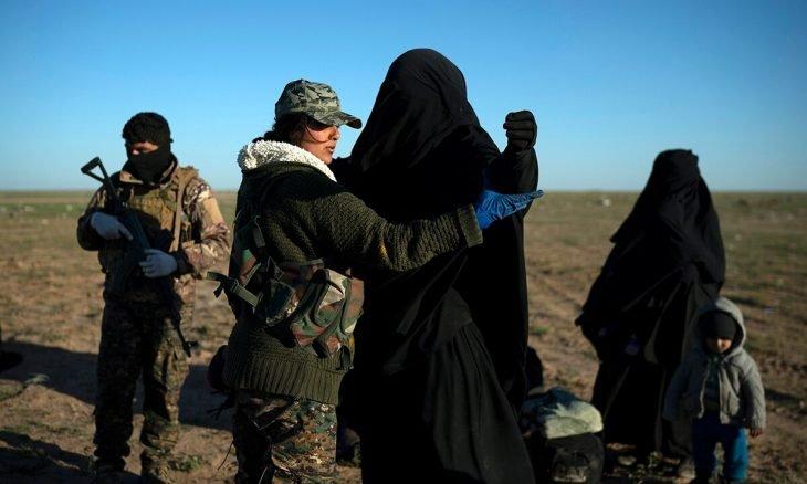 ألمانيا أعادت من سوريا ثماني جهاديات و23 طفلاً