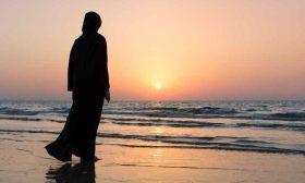 فنانة كويتية ترفض خلع الحجاب ولو مقابل مليون دينار- (فيديو)